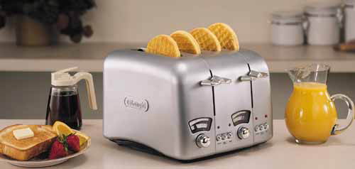 DeLonghi RT400 Retro Four Slice Toaster — QVC