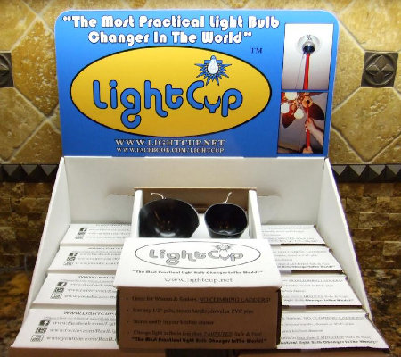 Light Cup Set of 2 Two-Packs Suction Light Bulb Changers