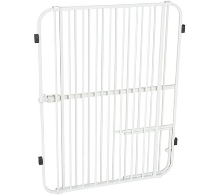Carlson Big Tuffy Expandable Pet Gate with Door