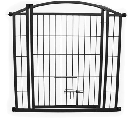 Carlson Outdoor Walk-Through Gate with Small Pet Door