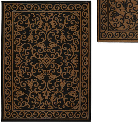 Veranda Living Indoor/Outdoor Reversible 5 x 7 Scroll Rug