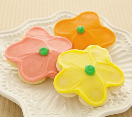 Cheryl's 100pc. Buttercream Frosted Flower Cut-out Cookies