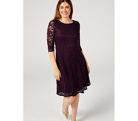 Ronni Nicole Stretch Lace Dress