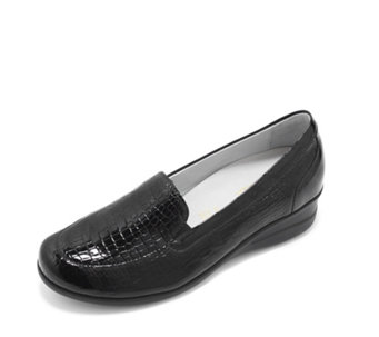 Vitaform Stretch and Patent Leather Loafer with Wedge Heel - 164403