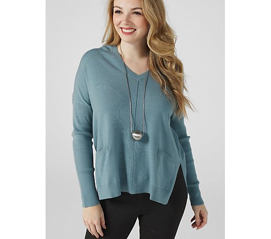 WynneLayers V Neck Sweater with Front Seam & Pockets