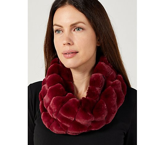 One Button Super Soft Fur Snood