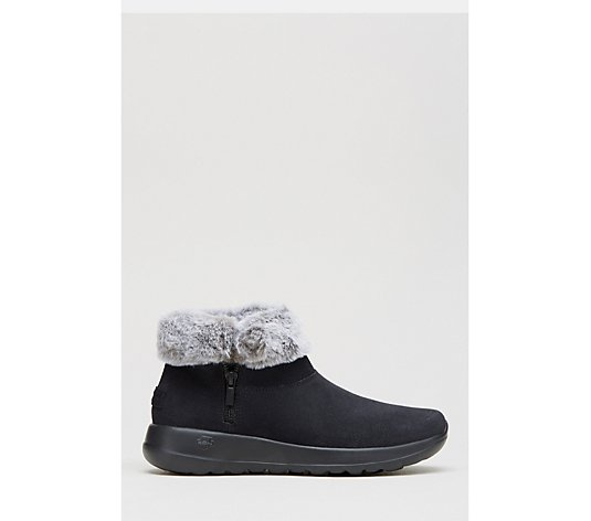 Skechers On The Go Joy Savvy Short Suede Chugga Boot