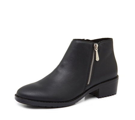 Emu Mid Rise Water Resistant Acton Leather Zip Ankle Boot