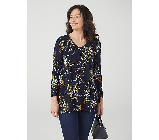 Kim & Co Brushed Venechia Printed Long Sleeve V-Neck Tunic