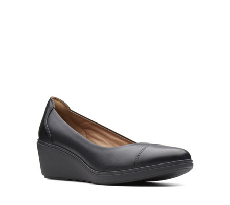 Clarks Un Tallara Dee Wedge Court Shoe Standard Fit