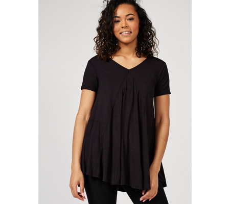 Short Sleeve Trapeze Top with Curved Hem by Nina Leonard