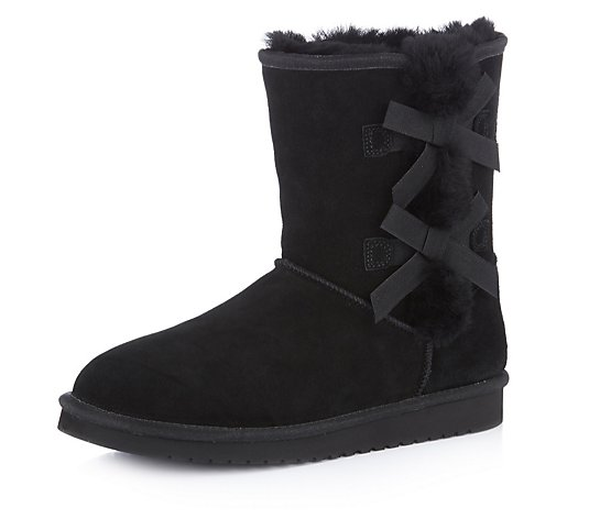 Koolabura by UGG Victoria Short Bow Boot