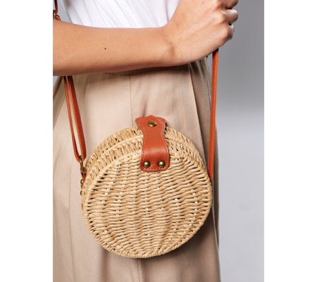 Mini Woven Ratten Crossbody Bag