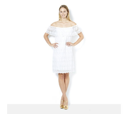 Ronni Nicole Off The Shoulder Stretch Lace Dress