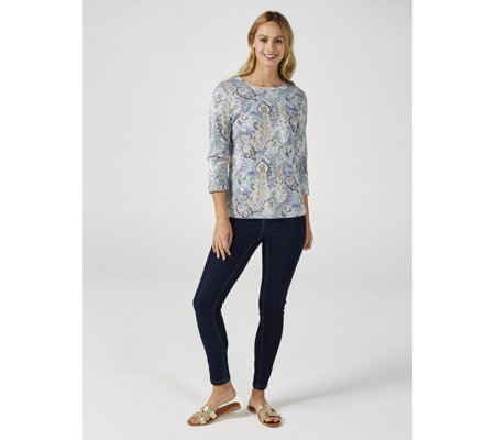 Artscapes Pretty Paisley 3/4 Sleeve Crew Neck Top