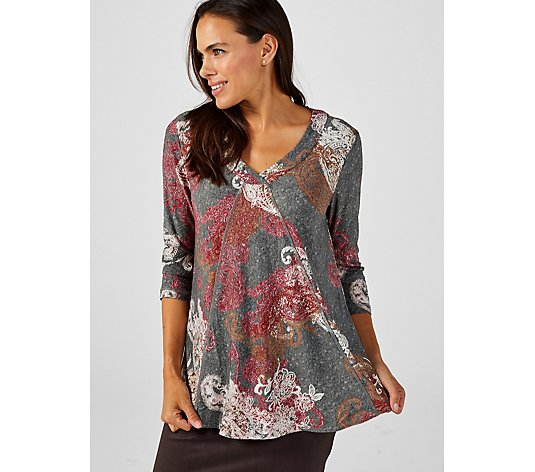 Attitudes by Renee V-Neck Jacquard Seamed Top