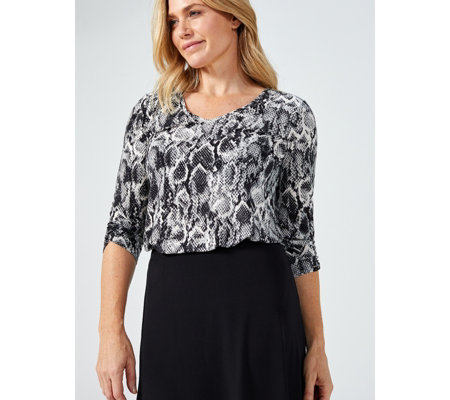Kim & Co Printed Brushed Venechia 3/4 Ruched Sleeve Tulip Hem Top