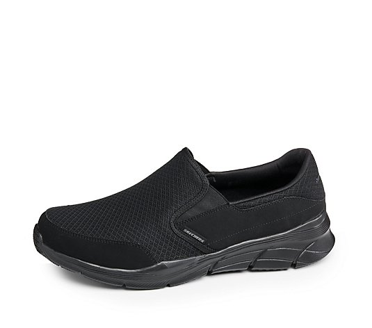 Skechers Men's Equalizer 4.0 Presisting Relaxed Fit Mesh Slip On Trainer