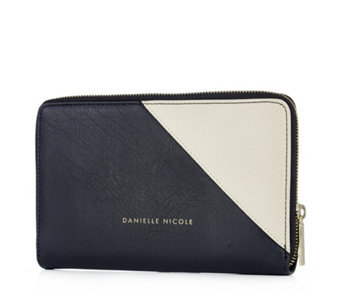 Danielle Nicole Charlie Wallet with RFID Protection - 164769
