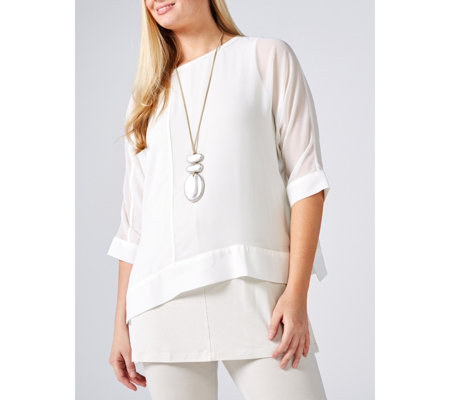 WynneLayers Dolman Sleeve Top with Seam Detail