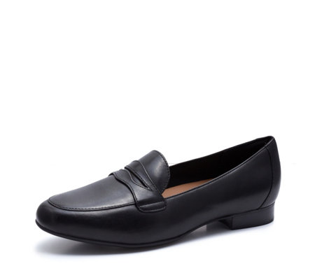 Clarks Unstructured Go Loafer Standard Fit