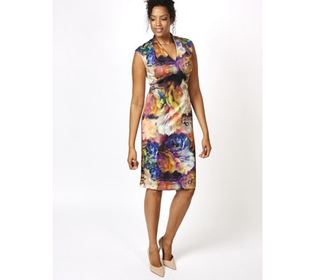 Ronni Nicole V Neck Printed Scuba Dress