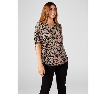 Printed Dolman Short Sleeve Zipper Front Loose Fit Tunic by Nina Leonard