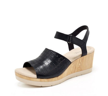 Clarks Cammy Glory Wedge Standard Fit