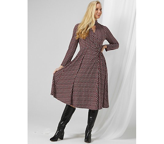 Perceptions Long Sleeve Printed Dress with Keyhole Accent