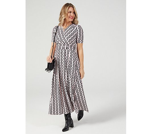 J by Jolie Moi Geo Print Maxi Dress