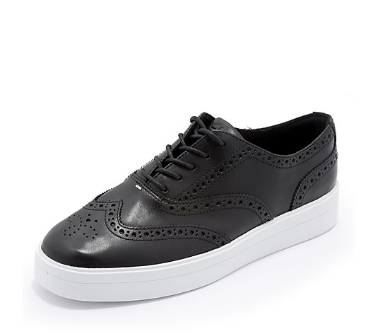 Clarks Hero Brogue Lace Trainer