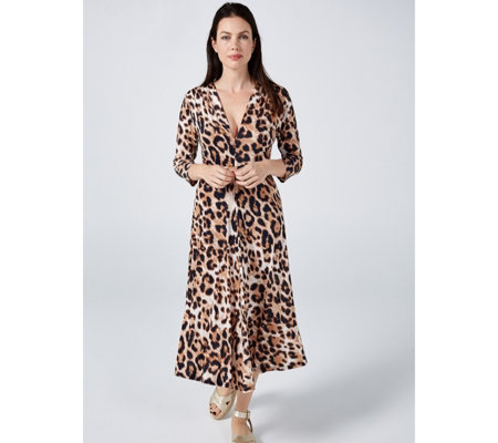 Amy 3/4 Sleeve Printed Midi Dress by Onjenu London