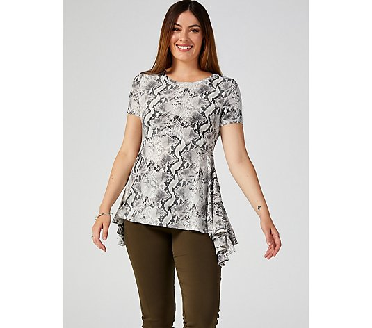 Short Sleeve Uneven Hem Printed Top by Nina Leonard