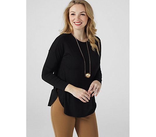 WynneLayers Shirt Tail Knit Top