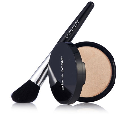 Ariane Poole Powdered Illuminator With Brush