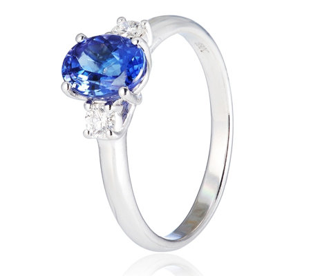 1.30ct AAA Tanzanite & 0.25ct Diamond 3 Stone Ring 18ct Gold