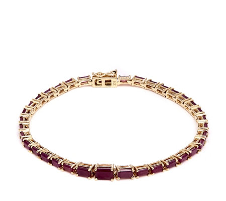 6.48ct Madagascan Ruby Octagon 19cm Bracelet 9ct Gold