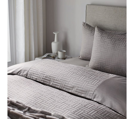 K By Kelly Hoppen 100% Cotton Weave Jacquard 4 Piece Duvet Set