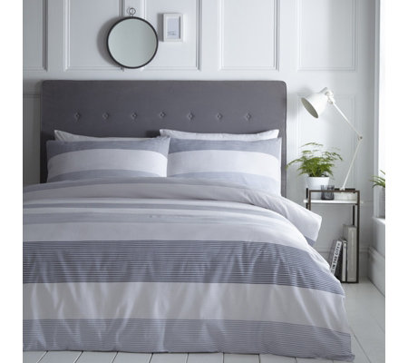 Silentnight Seersucker Stripe Duvet Set
