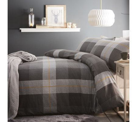 Silentnight Classic Check Brushed Duvet Set