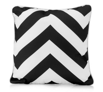 BundleBerry by Amanda Holden Chevron Indoor/Outdoor Cushion - 805936