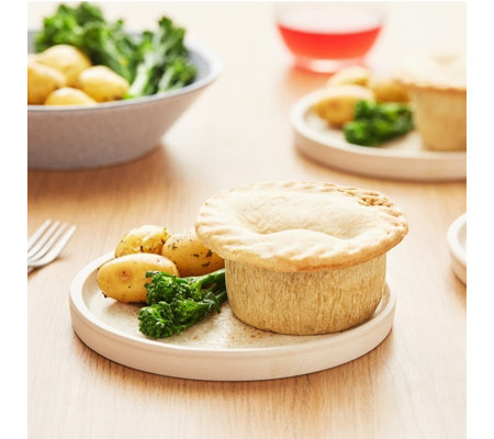 Wilfreds Pies Set of 12 Steak & Chicken Welsh Pies