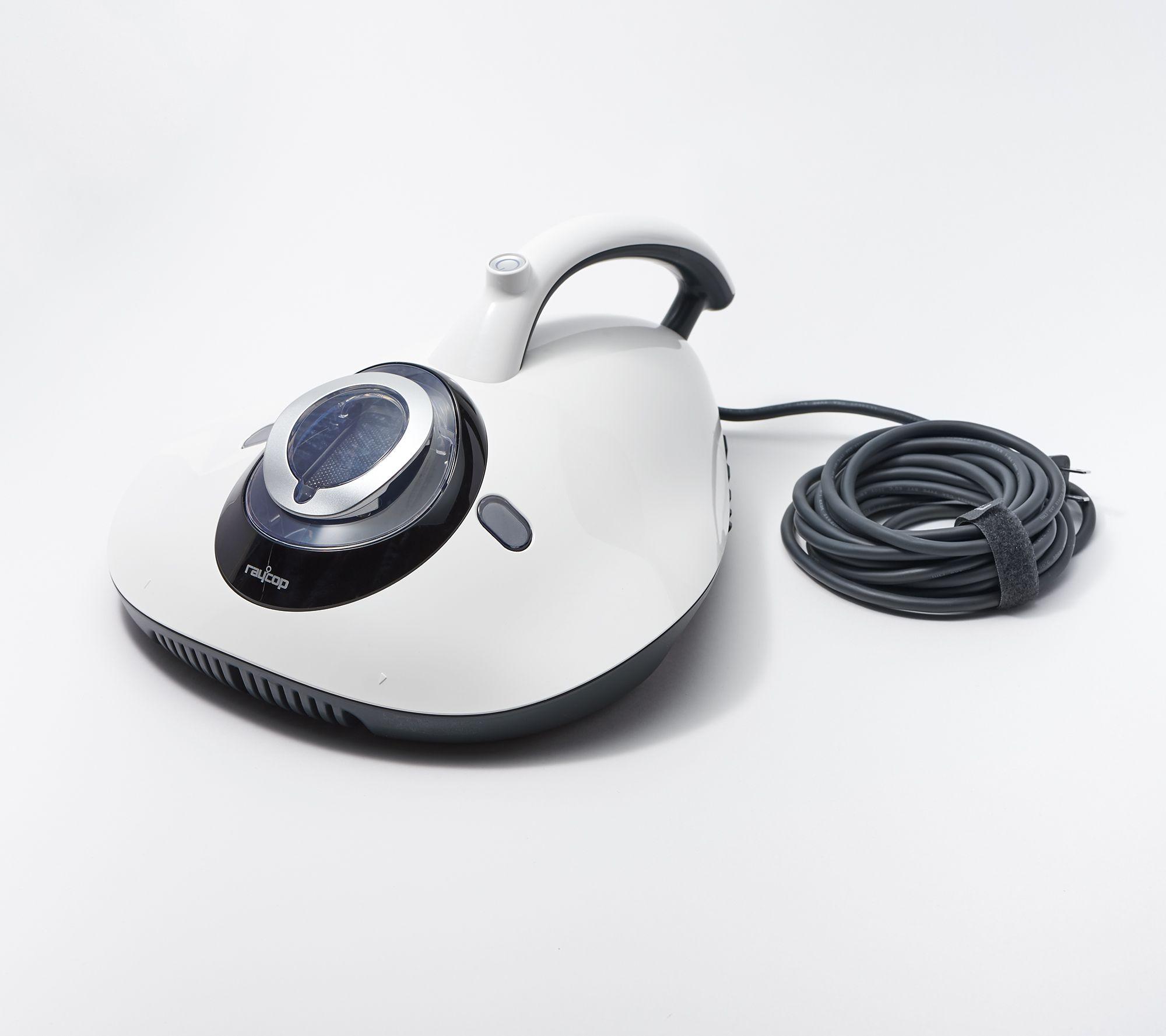 Handheld UV vacuum and sanitizer